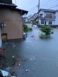 Viral Foto Banjir di Jepang, Airnya Jernih Tanpa Sampah Sedikitpun jepang - Viralnesia