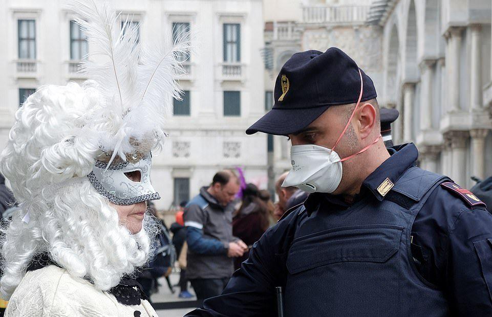 Gunakan 2 Masker Sakti Ini Agar Corona Minggat masker - Viralnesia