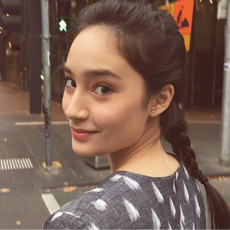 Photo of 6 Pesnona Tatjana Saphira Yang Anggun