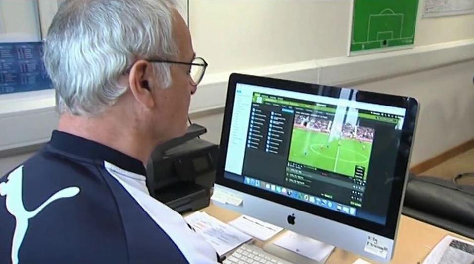 Claudio Ranieri menggunakan jasa agen bola online
