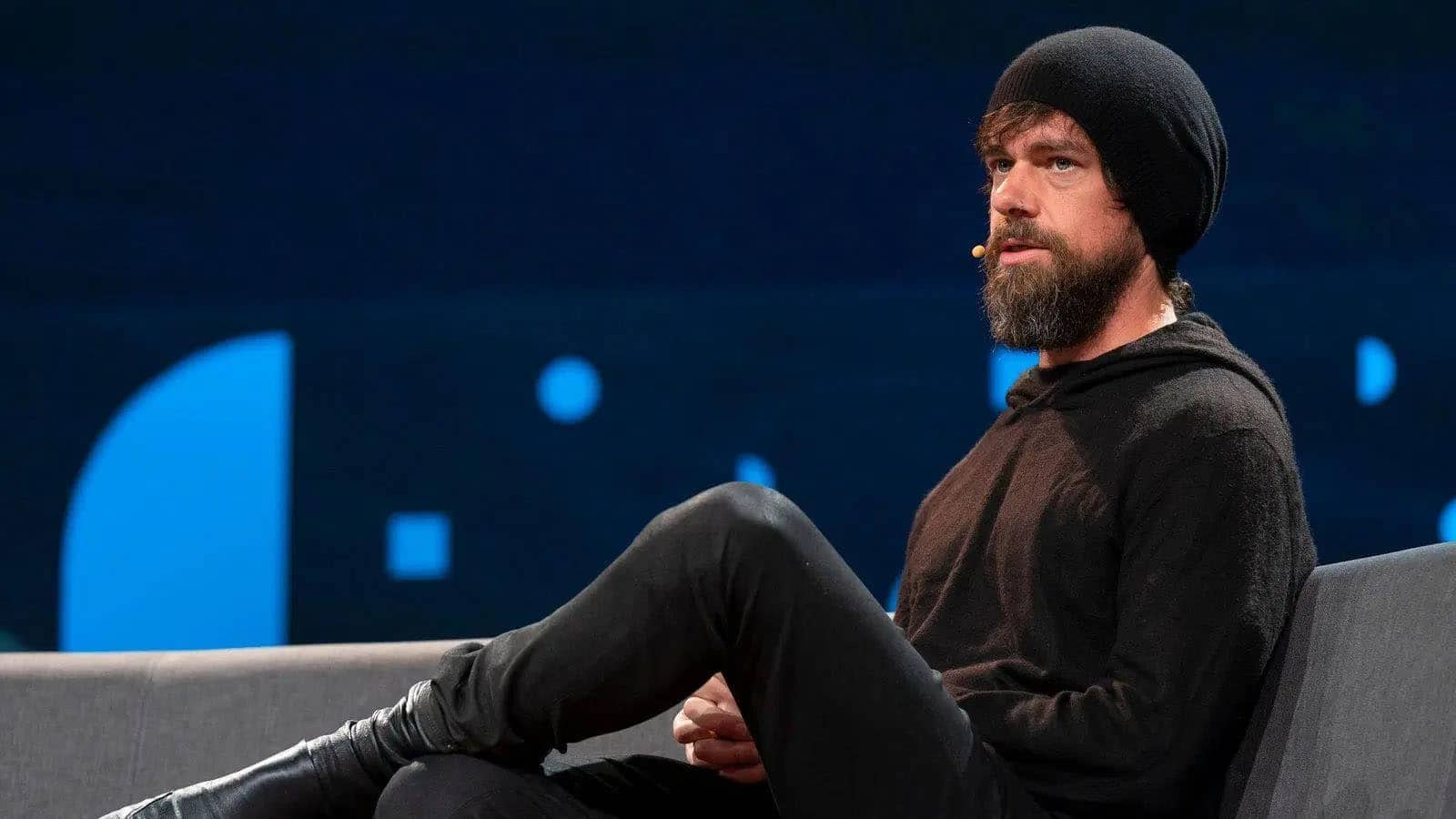 Bos Twitter Sumbangkan 28 Persen Kekayaan
