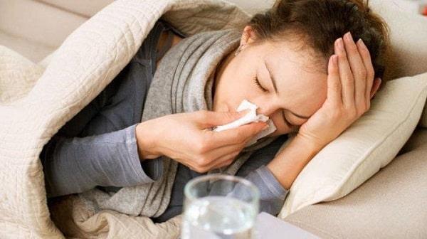 Tidak enak badan menjadi salah satu gejala flu singapura