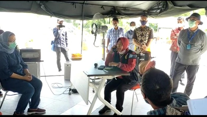 Mobil PCR di Amuk Walikota Surabaya