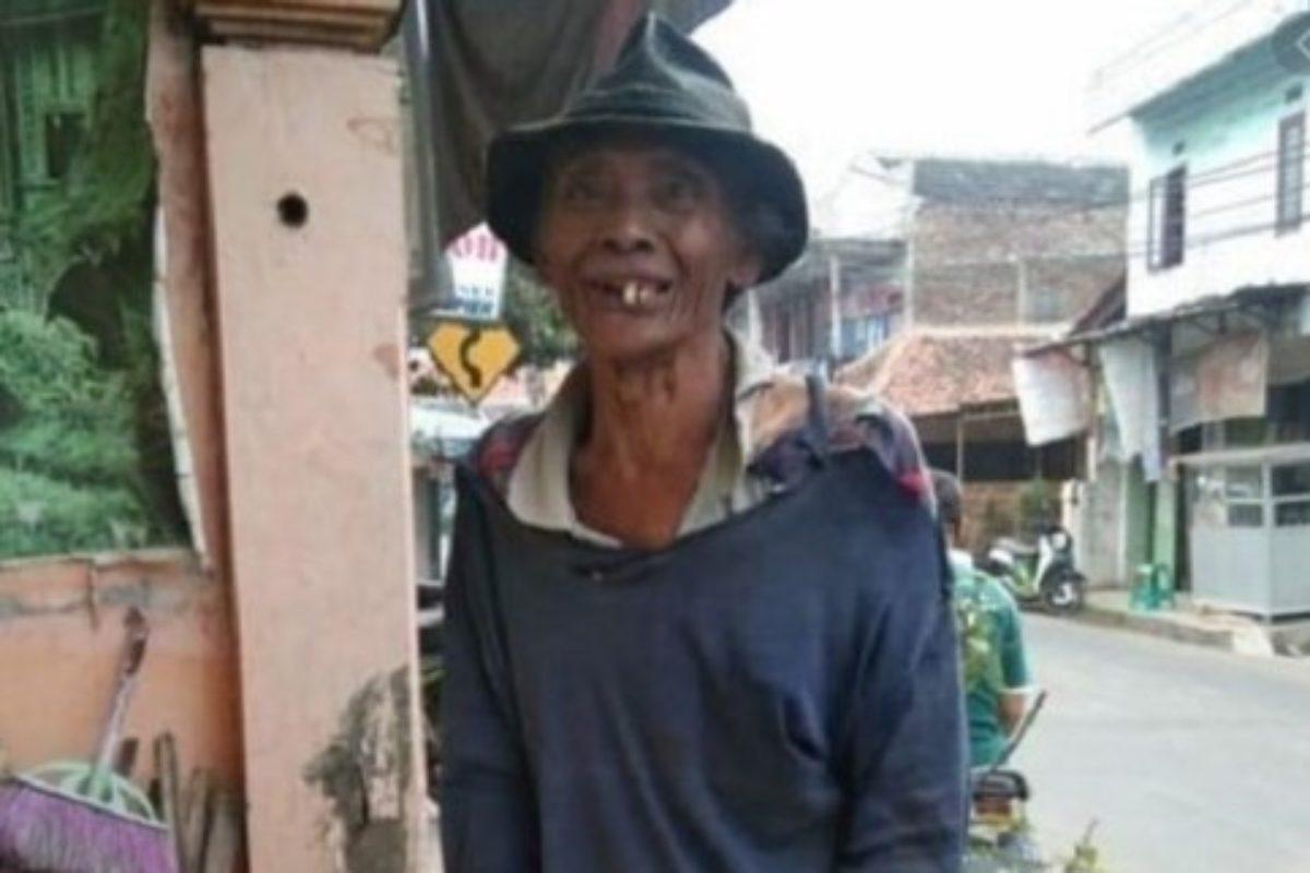 Viral Abah Tono, Ngaku Cuma Dapat 1,500/Hari, Ternyata Rumahnya 2 Tingkat