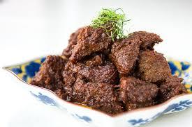 7 Makanan khas Lebaran yang Wajib ada di meja makan