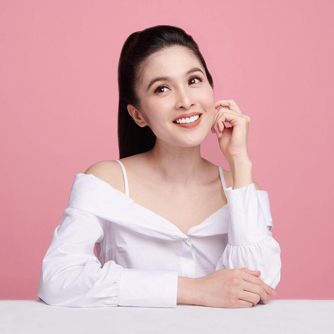 Photo of Curhat Sandra Dewi, Dari Tabungan Suami Ludes Hingga Dijuluki The Real Sultan