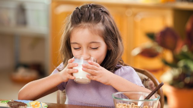 manfaat susu untuk anak anak