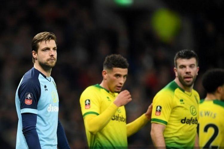 Liga Inggris Mau Bergulir, Salah Satu Pemain Positif Covid-19