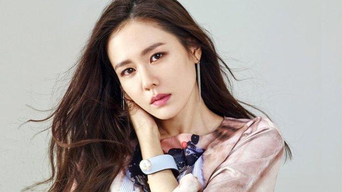 Son Ye Jin Berpredikat Wanita Tercantik Sedunia