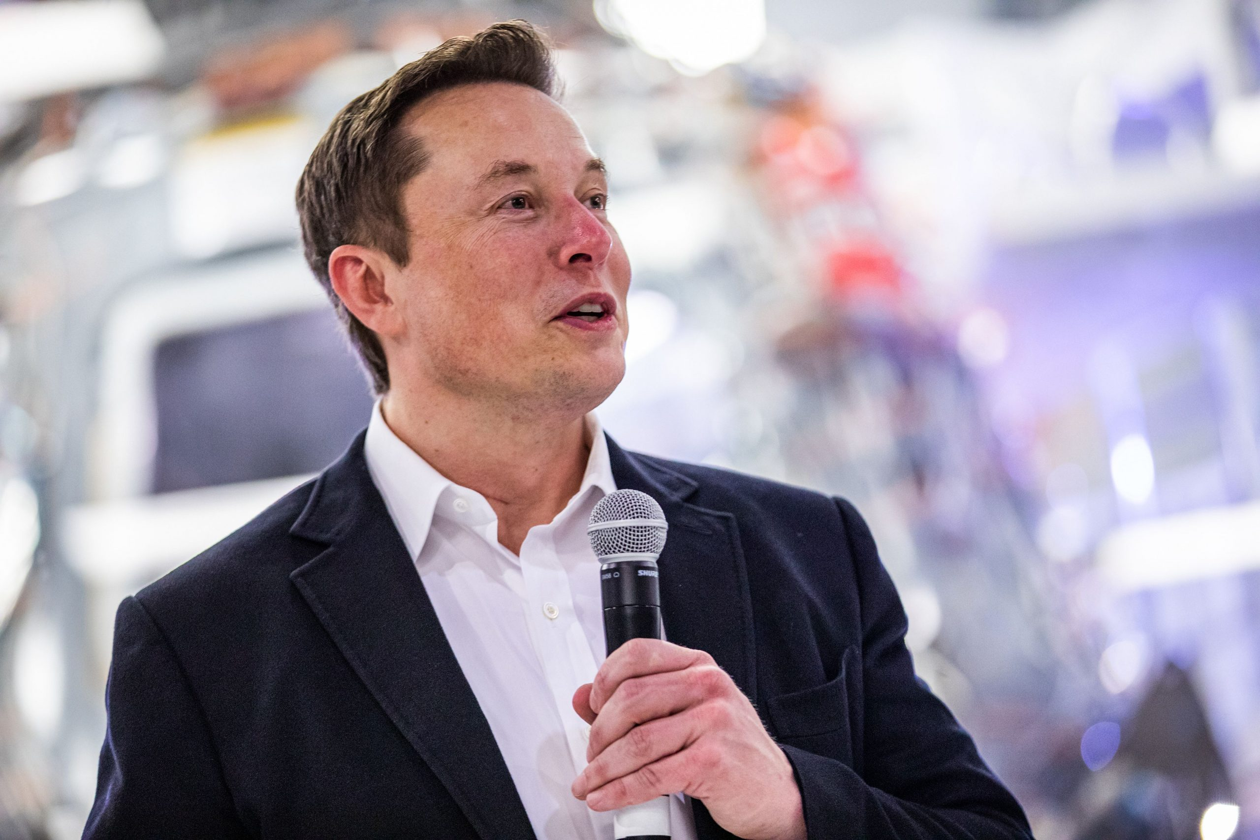 "Photo of CEO Tesla Elon Musk Menyebut Amazon Sebagai Monopoli : ""Saatnya Memecah Amazon"""
